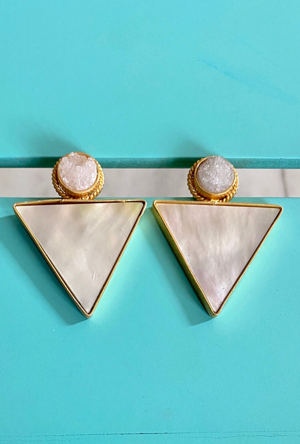 White Round Druzy With Mop Triangle