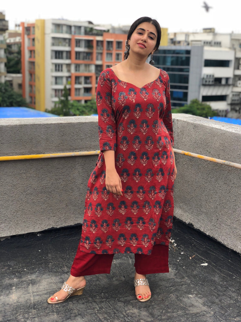 Dahlia Ajrakh Striaght Fit Kurta