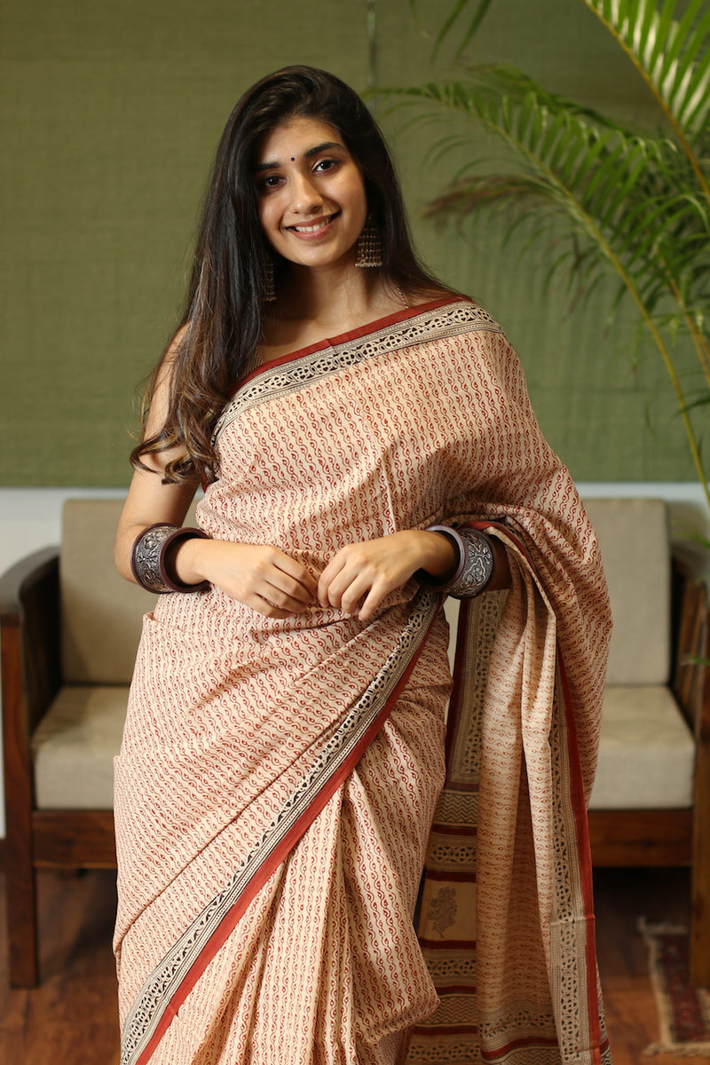 Cream Coloured Cotton Bagru Handblock Printed Saree with Leaf Pattern