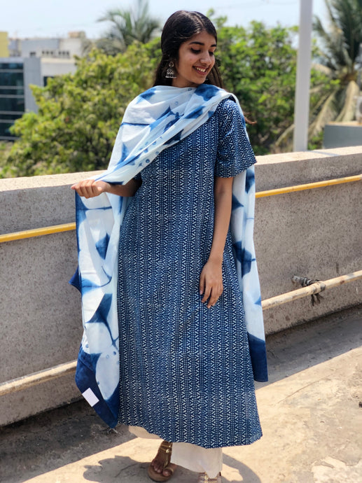 Indigo Clamp Dyed Shibori Cotton Dupatta
