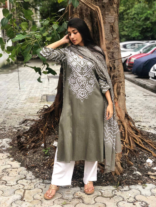 Light Grey Sitara Bandhej Kurta + Dupatta