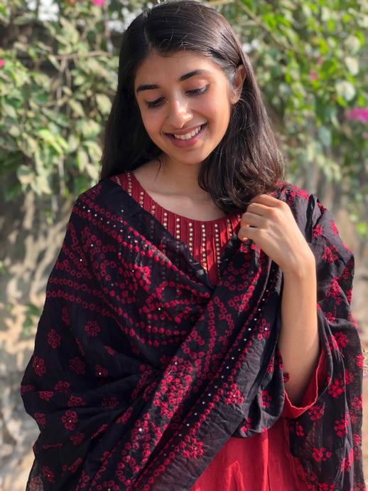 Bandhej Black Mirror Work Cotton Dupatta