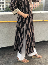 Kala Aasopalav Threaded Kurta