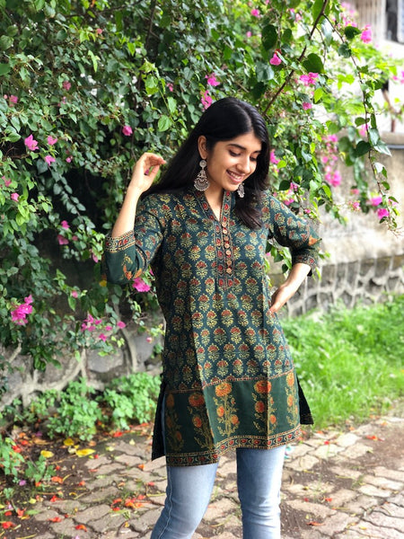 Henna Butti Patchwork Short Kurta