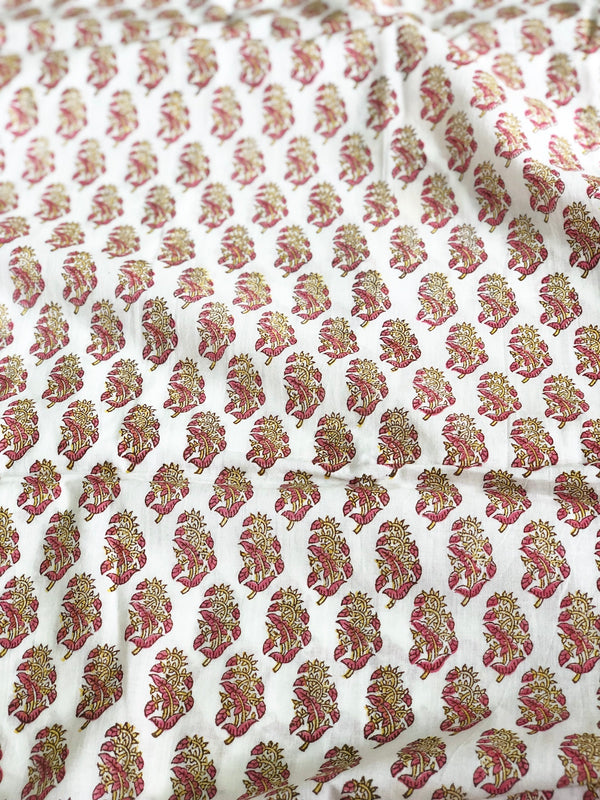 Rose Bud Cambric Cotton Fabric ( 2.6 )