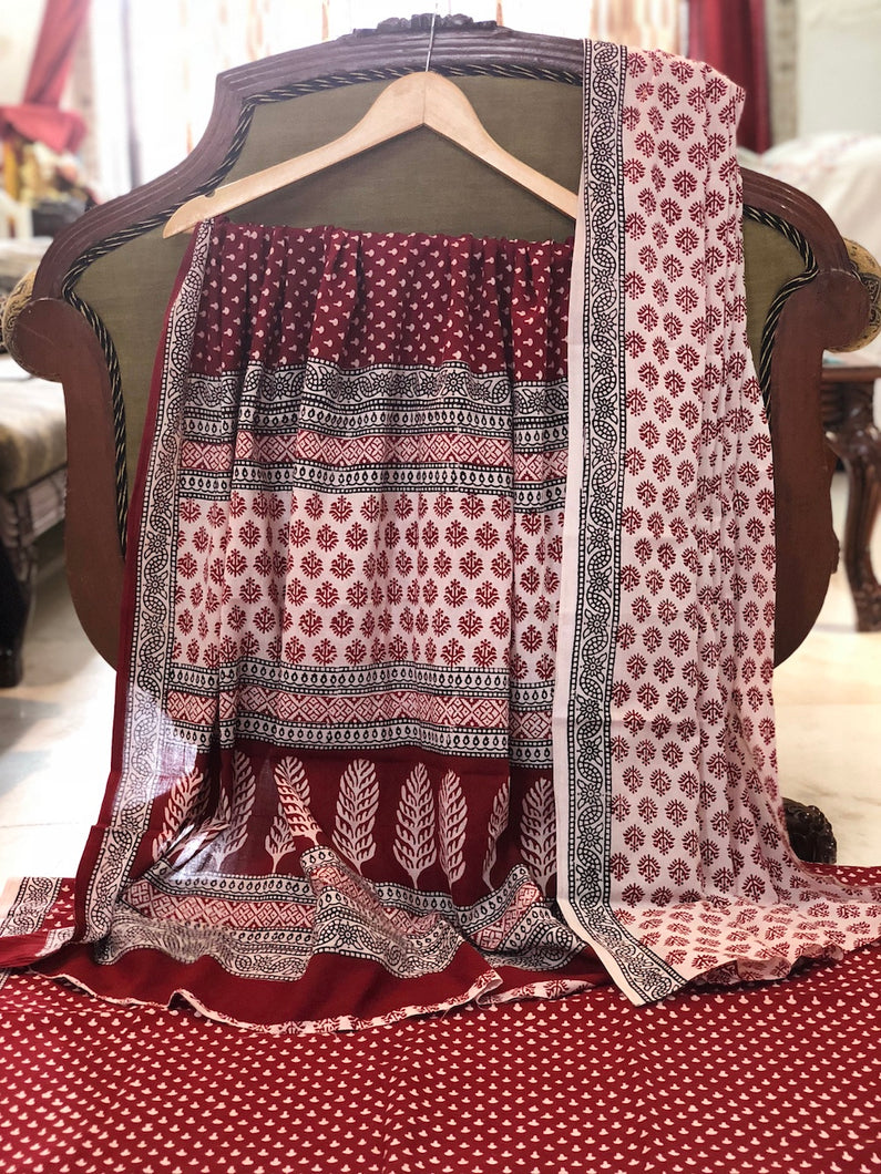 Bagh Laal Butti Cotton Suit Set