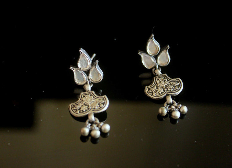 Kundan earring with Chitai Art