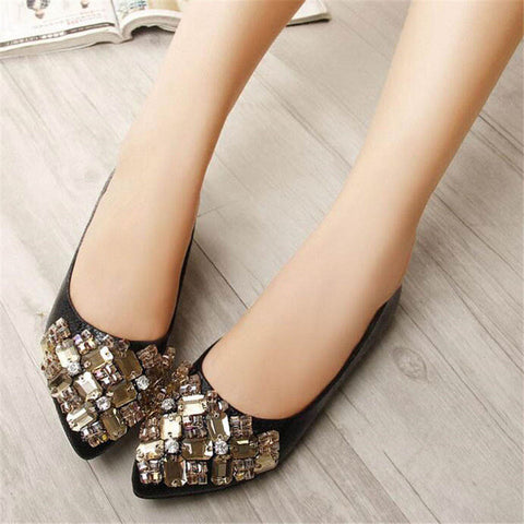 Luxury Rhinestone Women Flats 2017 Fashion Beading Pointed Toe Shoes Women Spring Fall Slip On Ladies Loafers Sizes 34-43 WFS202