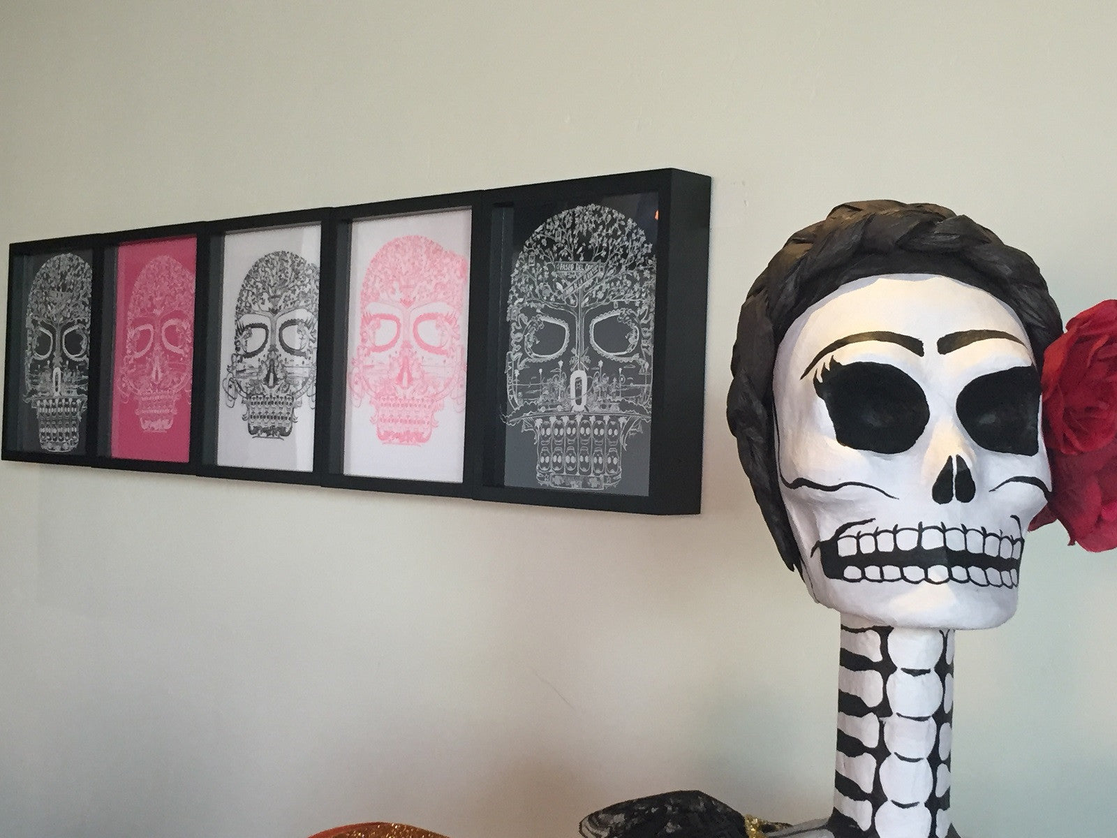 Shart T-Shirt Display Frames are Great Decoration for Home