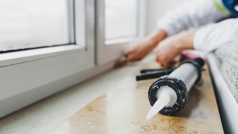 How to choose the right silicone sealant | Univar Specialty