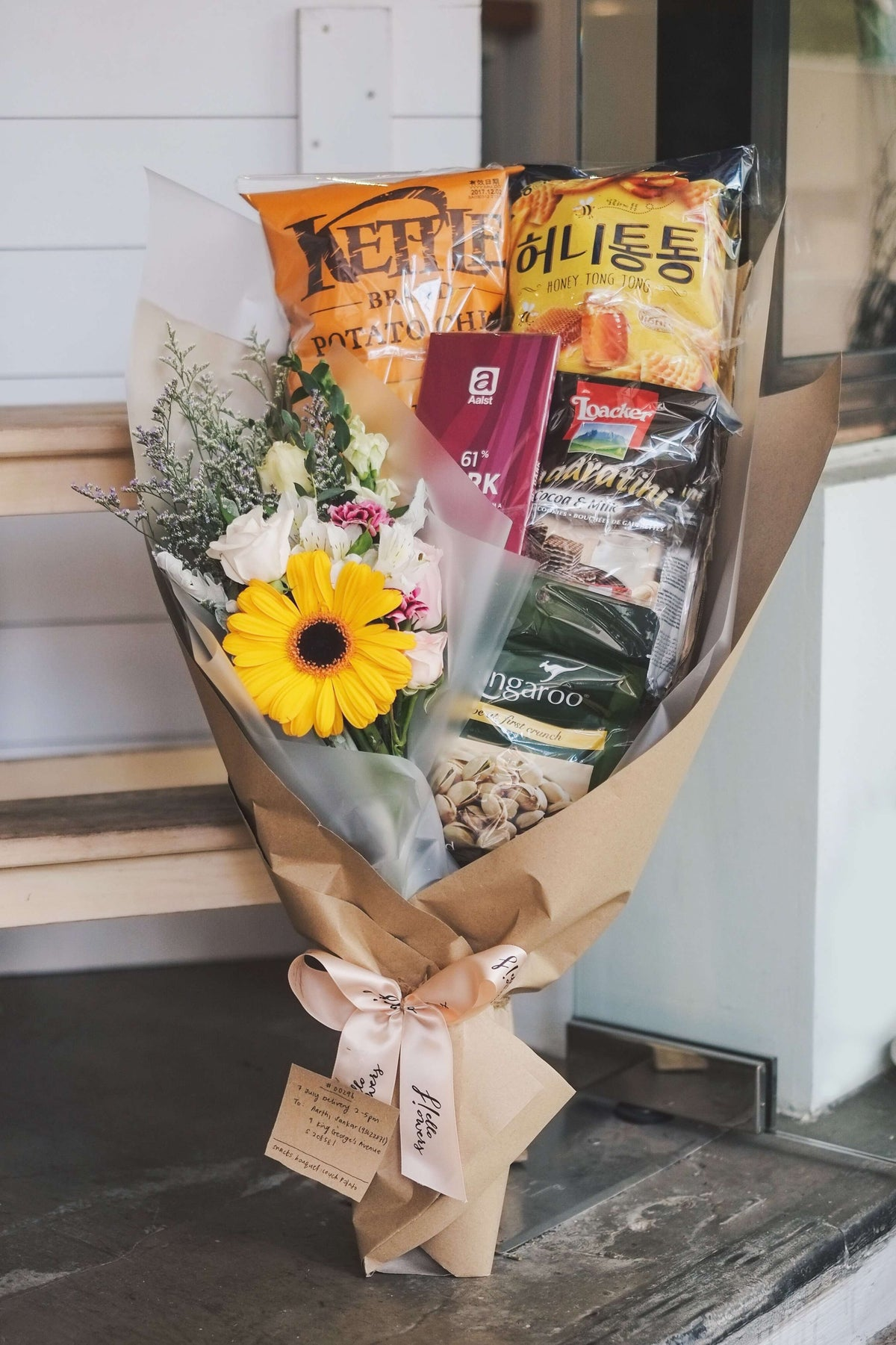 Snacks bouquet hello flowers crafted bouquets online delivery snacks bouquet izmirmasajfo