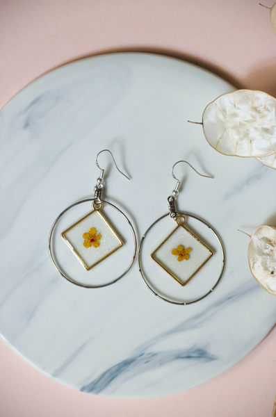 Dried Flower Acrylic Earring Hoop | by X - helloflowerssg