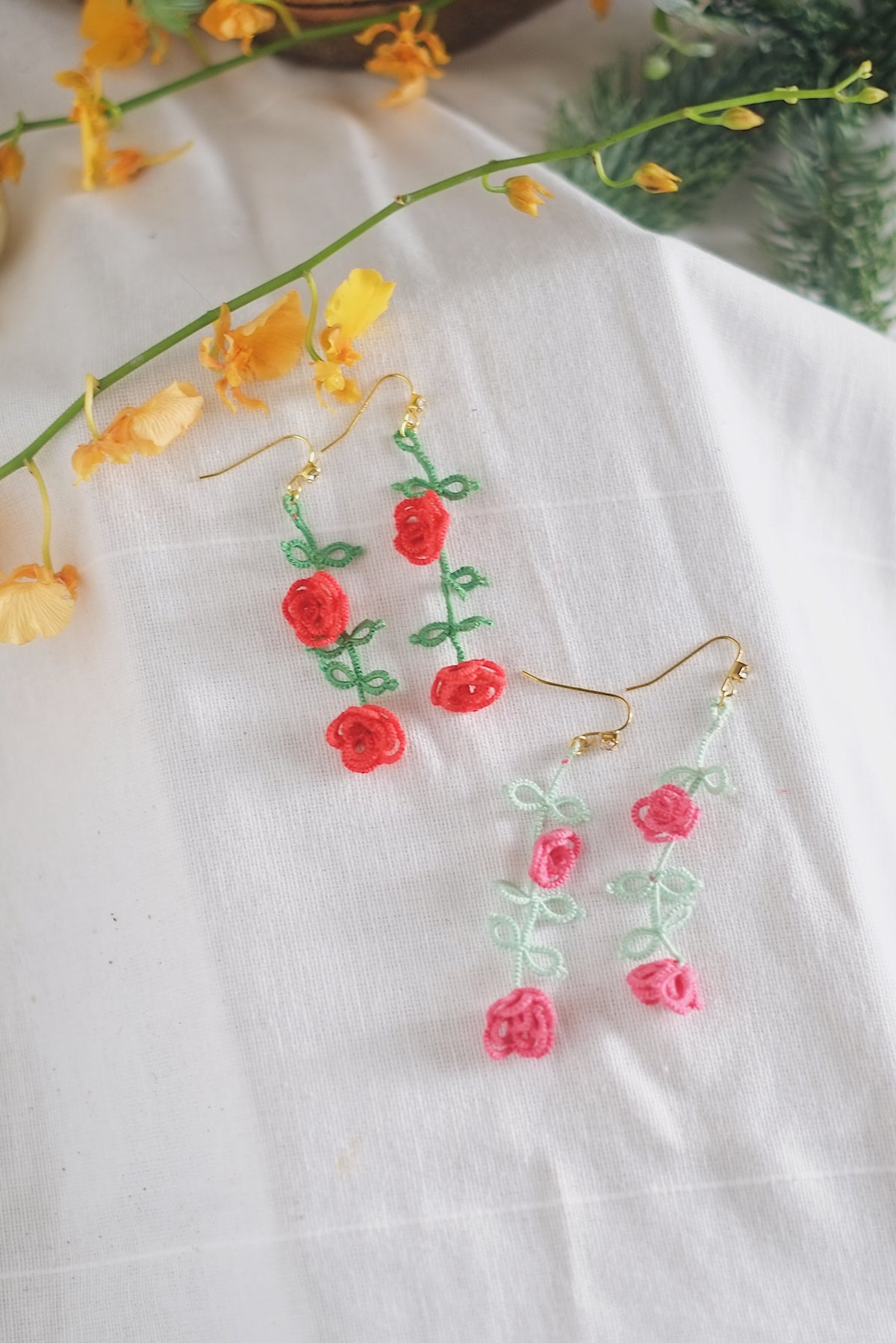 Tatted Rose Earrings by L - hello flowers!