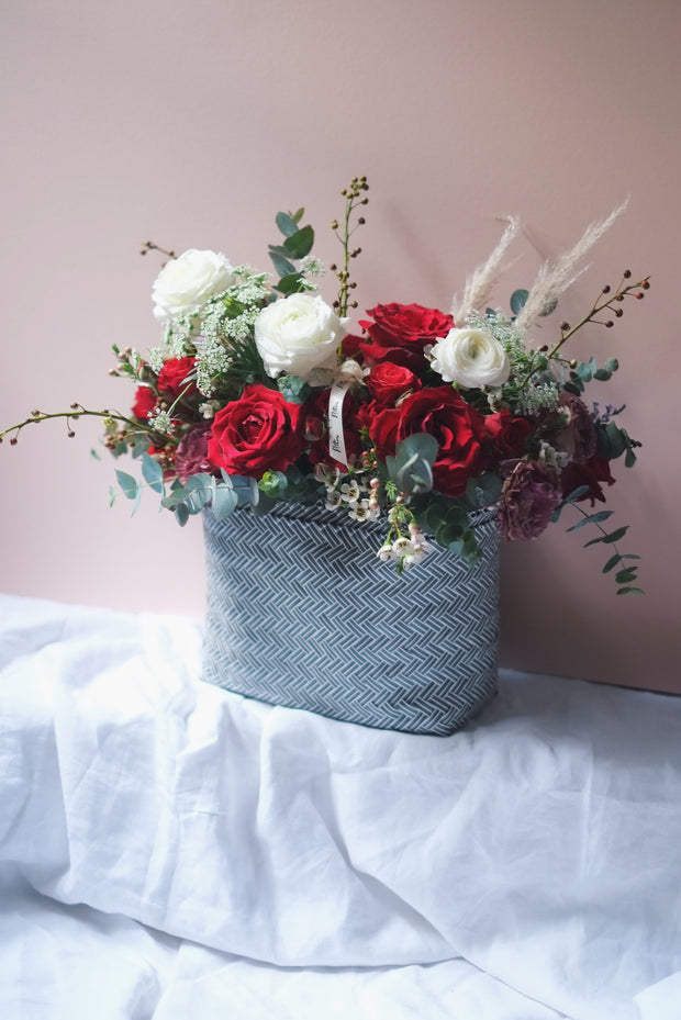 Valentine's | Scarlett - Classic Red Roses + Ranunculus in a Bag - hello flowers!