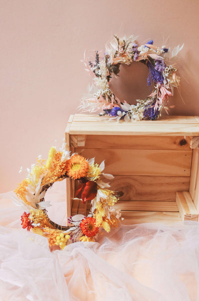 Christmas '20 | Cheery Yellow - Dried Preserved Wreaths