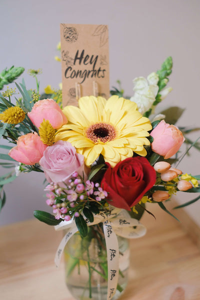 Daily Flowers in a Jar! [Eco-friendly!] (Weekdays Only) - helloflowerssg