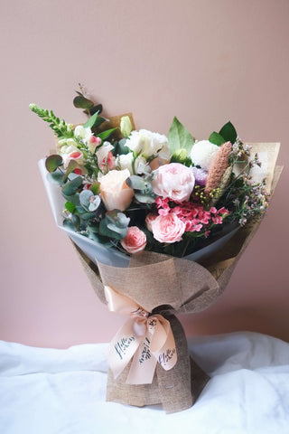 Celia  - Petite Bouquet (Choose Your Own Colours!) - helloflowerssg
