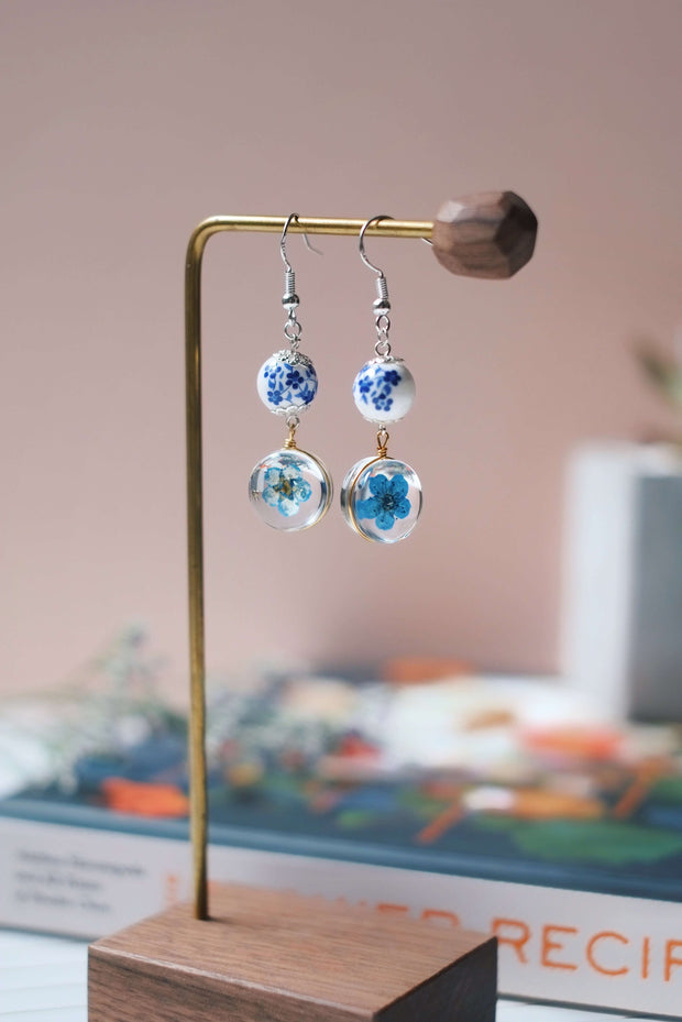Dried Flower Dangle Earrings (Blue) | Earrings by X - hello flowers!