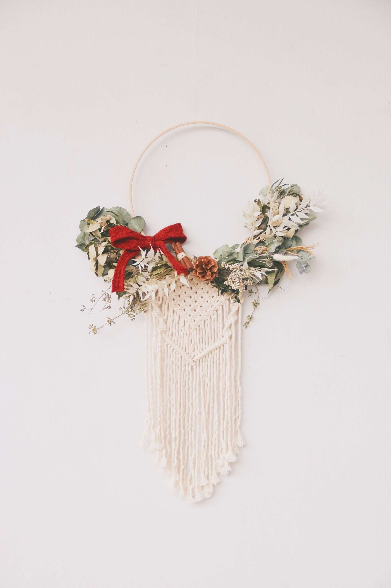 Christmas '19 | Knoette x Hello Flowers! Macrame Wreath
