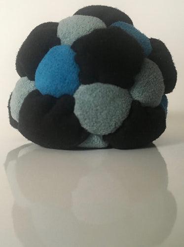 32 Puffy Panel Freestyle Footbag