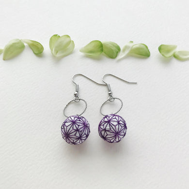 Temari Mame-suzu Temari pierced earrings / earrings Hemp leave Edo-murasaki (Edo purple)