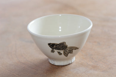 TAKUNOBU PORCELAIN RICE BOWL GOLD FISH TKRB12