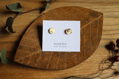 sourire brass accessory  pierced earrings / deforme (distorting)