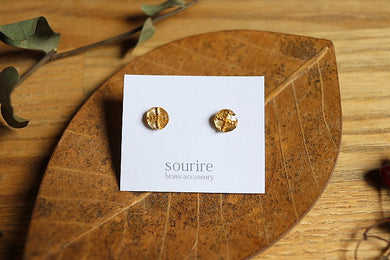 sourire brass accessory  pierced earrings / cercle et croix(a round and cross)