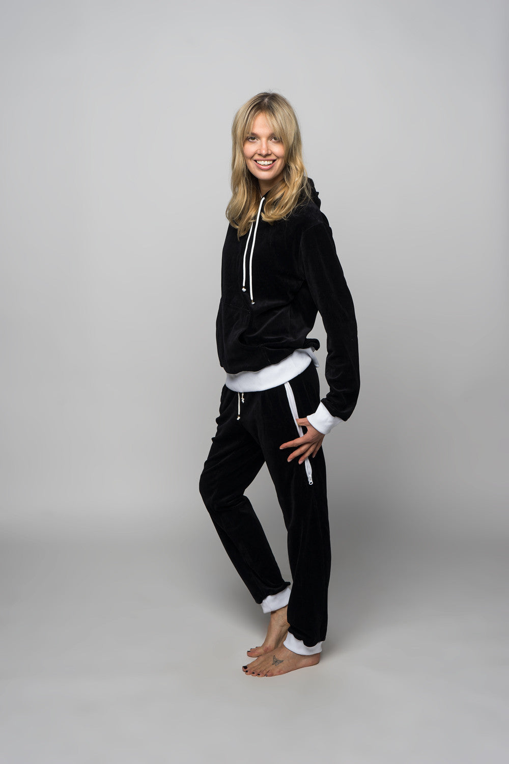 sofa killer women velour loungewear set