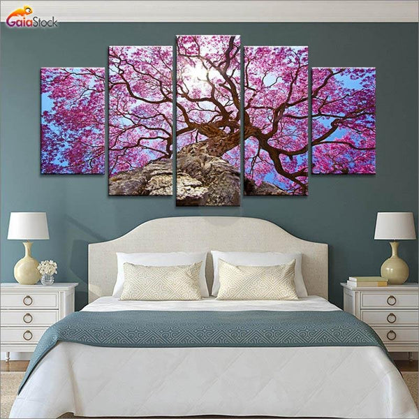 Cherry Purple Tree - Gaia-Stock.com