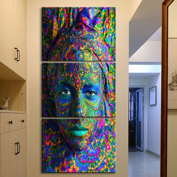 Colorful Face - Gaia-Stock.com