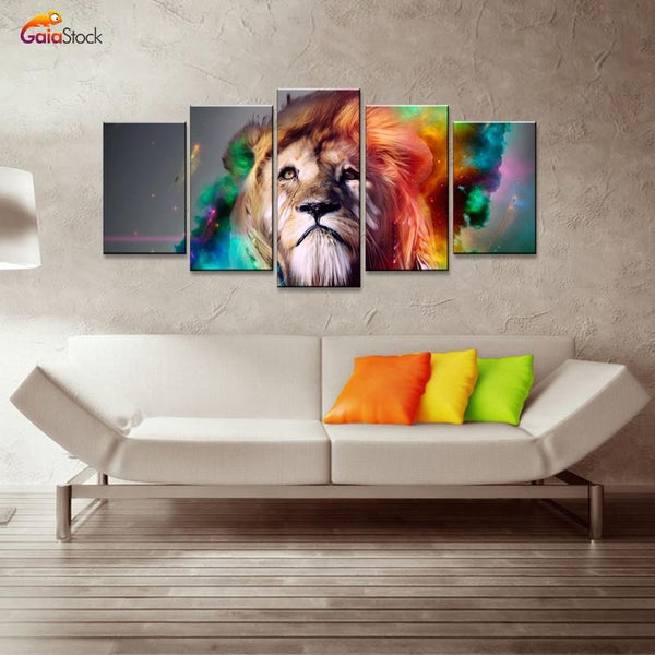 Colourful Lion - Gaia-Stock.com