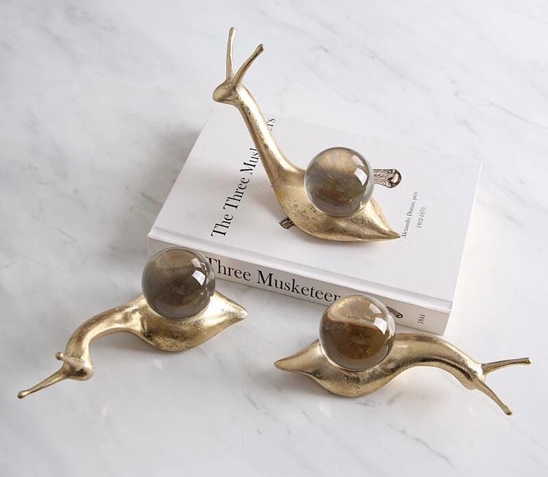 Popular Artificial Crafts Luxury Home Decoration Office Desk Crystal Snail Sculpture For Entrance - Gaia-Stock.com