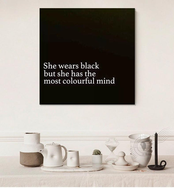 She wears black but she has the most colourful mind - Gaia-Stock.com