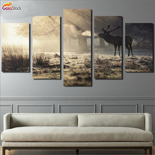 Winter Deer - Gaia-Stock.com