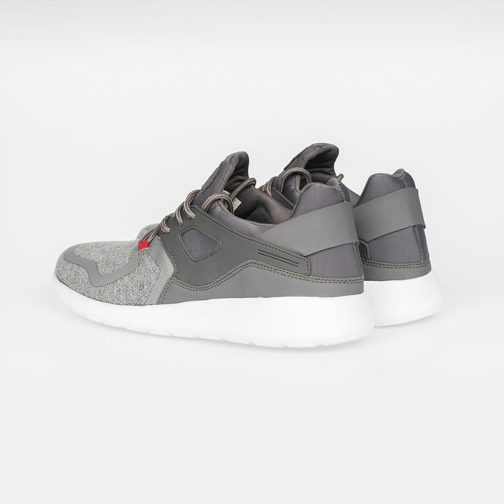 Caxias Trainers Grey