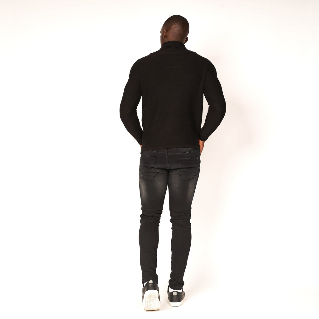 Acroterion Knit Black