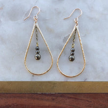 Load image into Gallery viewer, ostara earrings