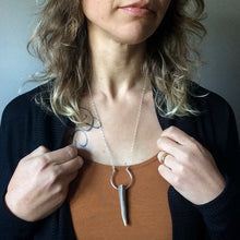 Load image into Gallery viewer, antler necklace