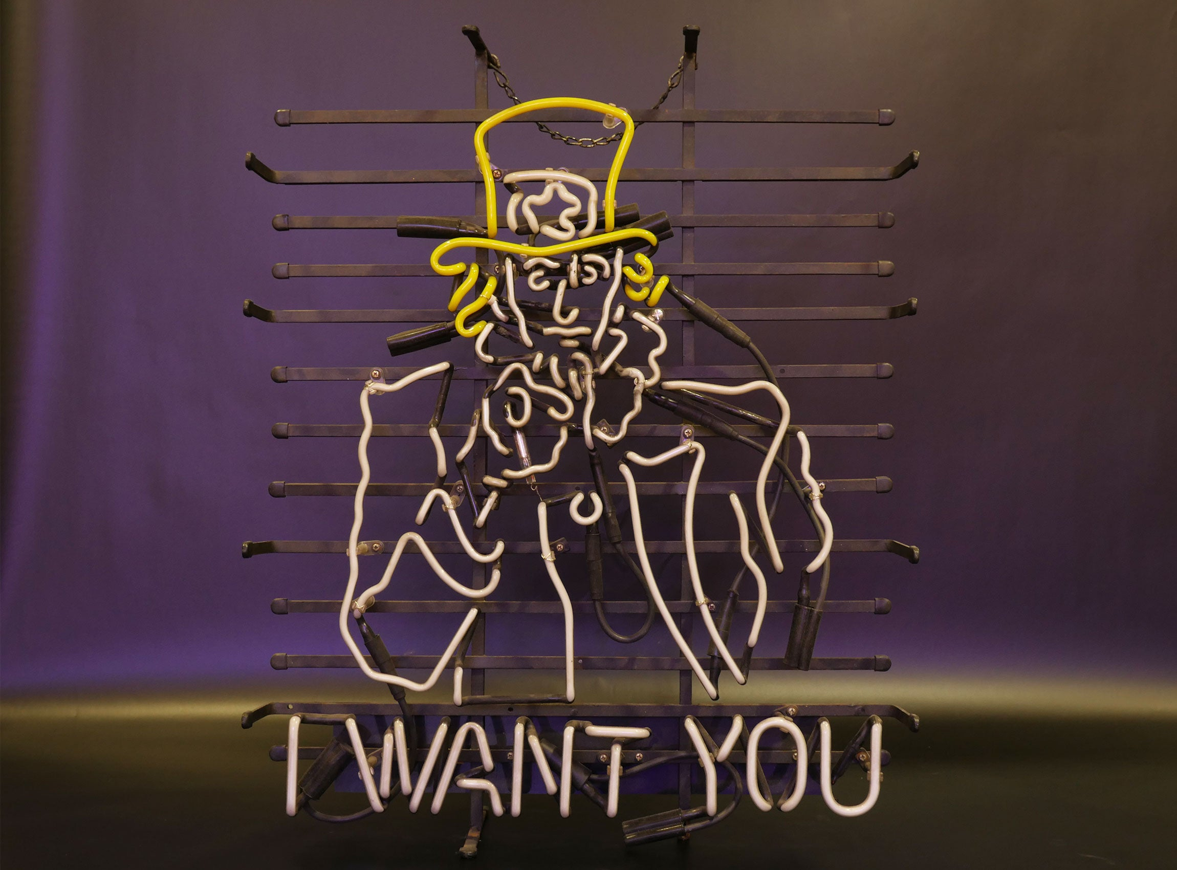 LOCATION ENSEIGNE NEON / I WANT YOU