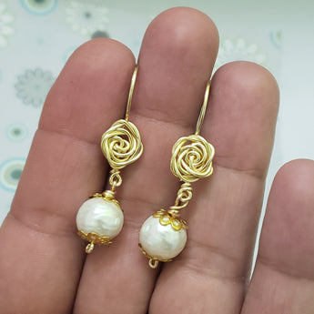 Rose gold earrings,  freshwater pearls 10mm