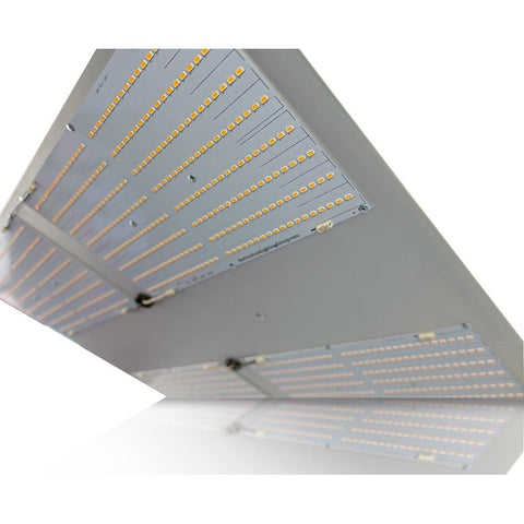 Horticulture Lighting Group HLG 550 Full Spectrum Dimmable LED Grow Light