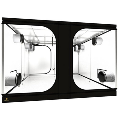 Image of Secret Jardin Dark Room 300 (10' x 10' x 7 2/3')