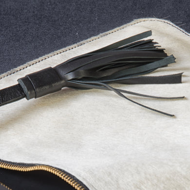 Close-up Suya Clutch - Goat and cow leather