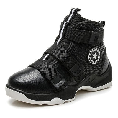 Jog Sports Sneakers - Black / 11 - Boys