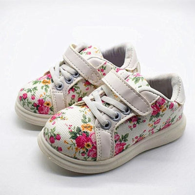 Printed Floral Sneakers - White / 5.5 - Girls