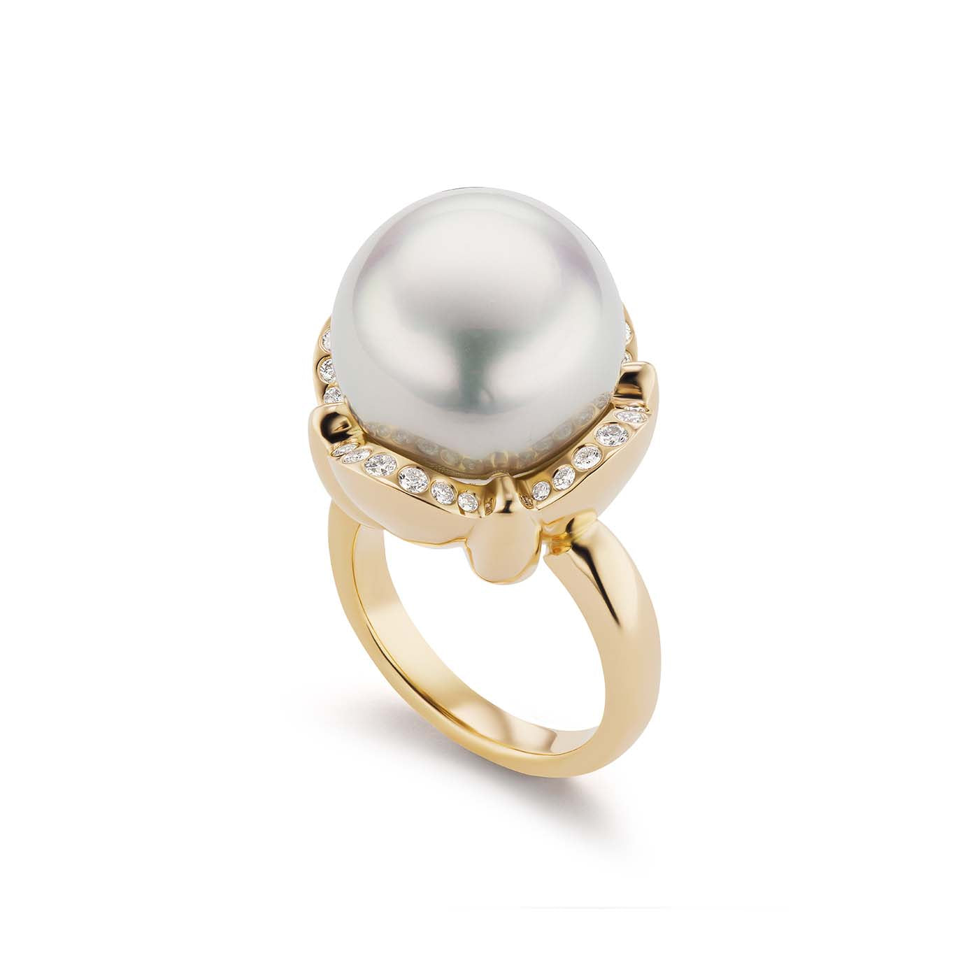 Diamond Clamshell Pearl Ring
