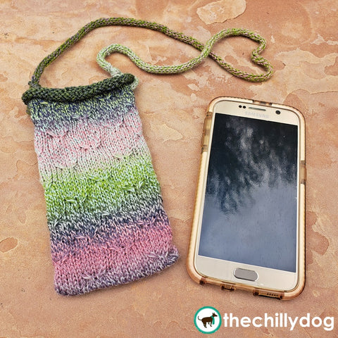 Little Birds Phone Pocket Knitting Pattern: lanyard style phone holder