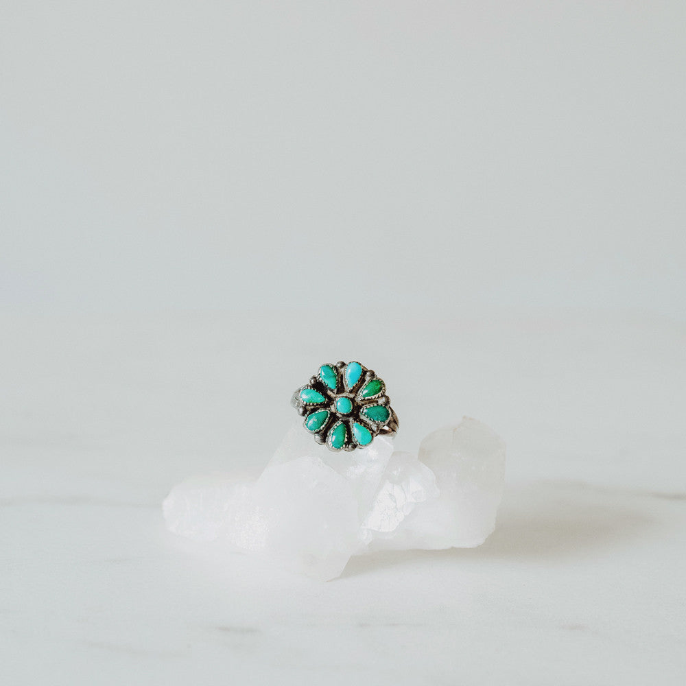 Vintage Native American Turquoise Flower Ring | Size 7.5