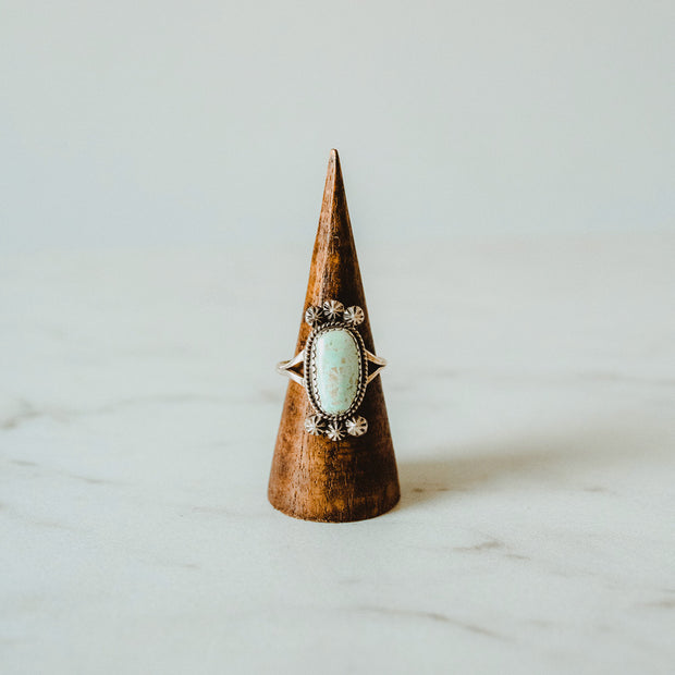 Vintage Navajo Turquoise Ring with Silver Flowers | Size 8.5